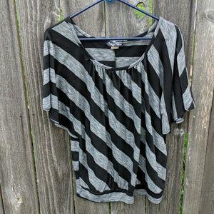 ACW Striped Blouse 1X Plus Short Sleeve Black Gray